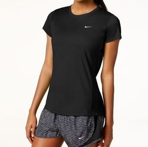3 for 20$ 🧞♀️🧞♀️🧞♀️Nike Dri-Fit Running Top